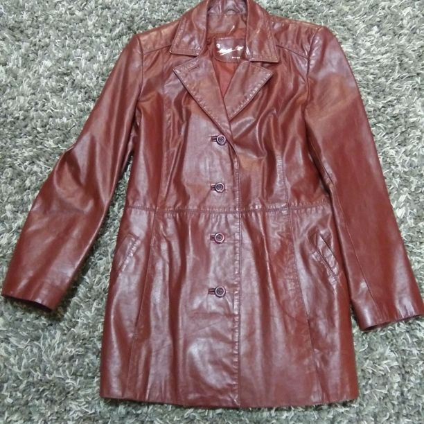 Ladies 14 leather coat
