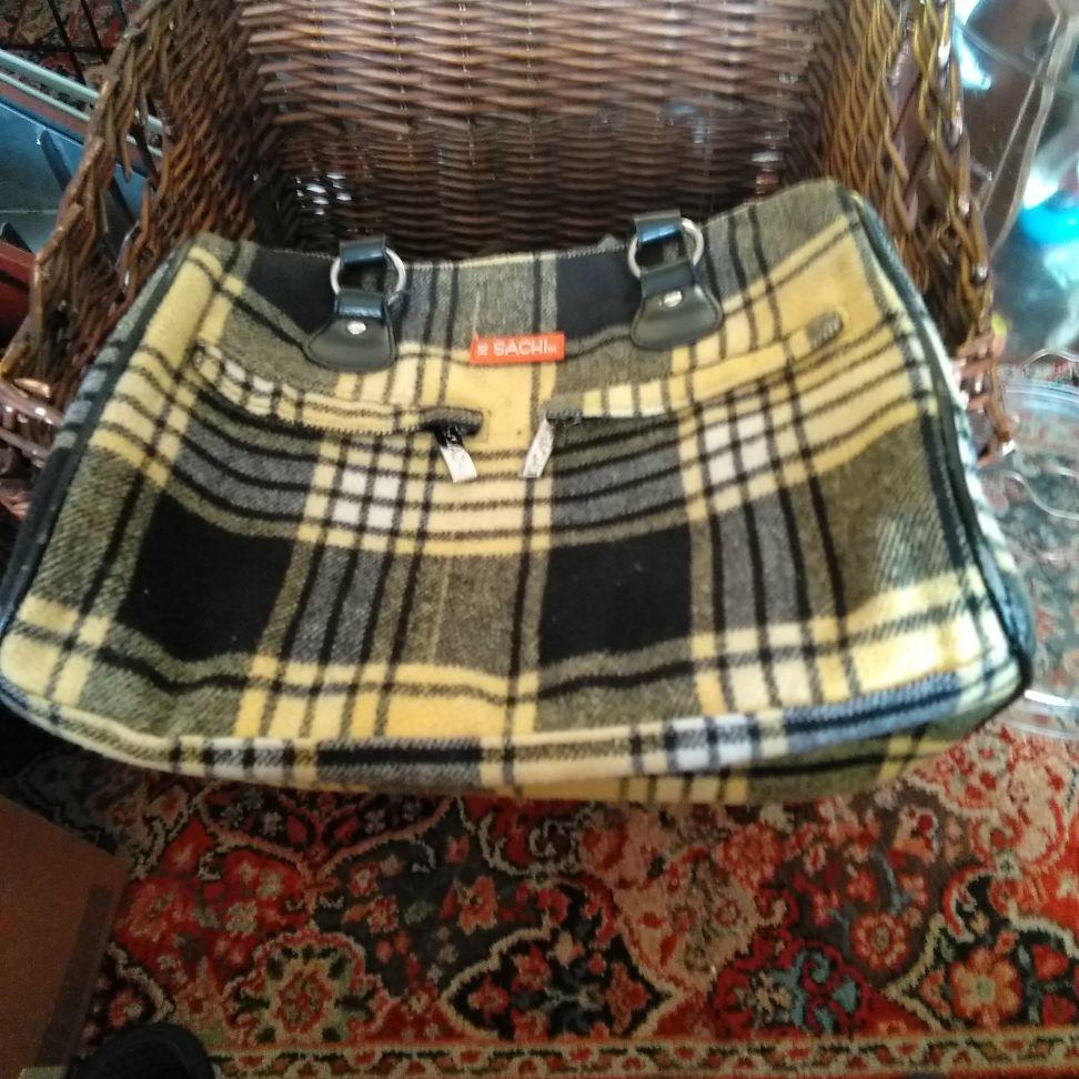 Sachi purse $5