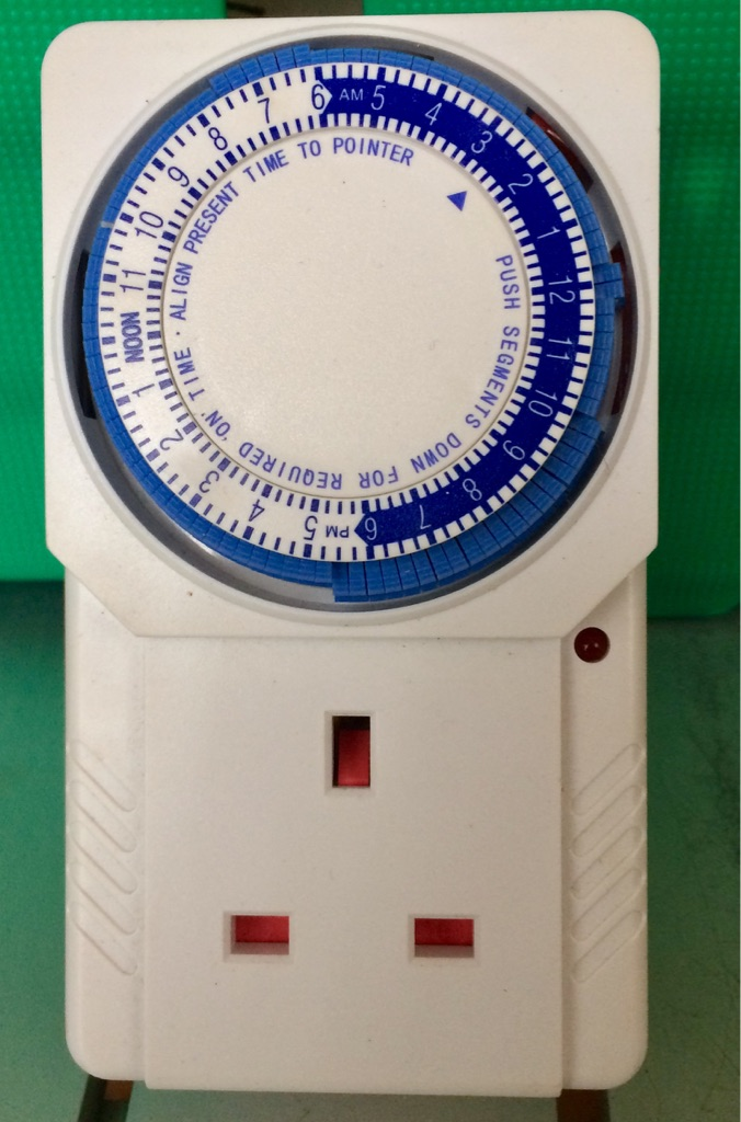 Electric household timer