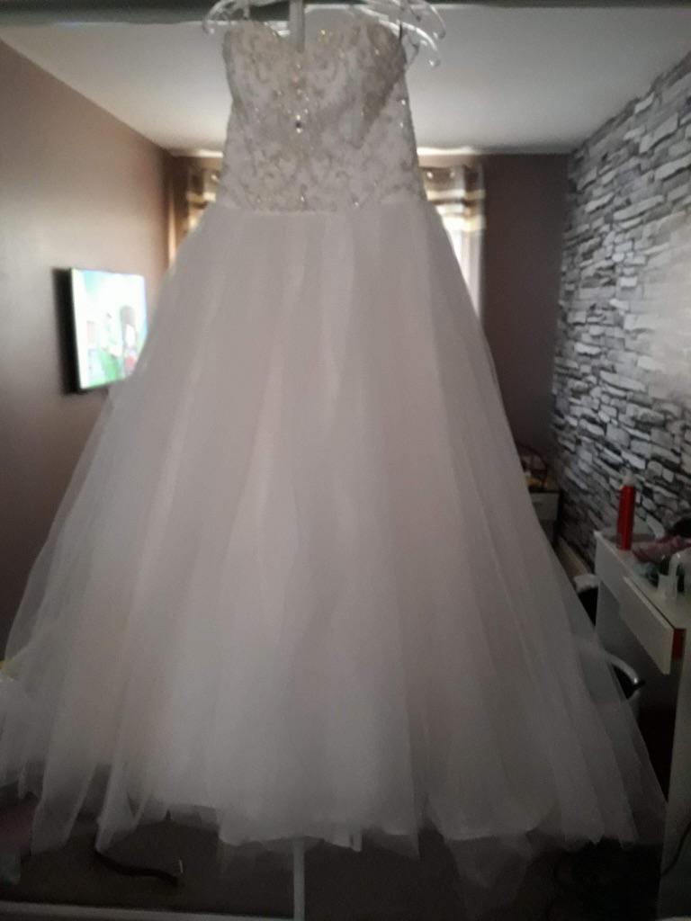 2013 Mia Solano Ivory Wedding Dress