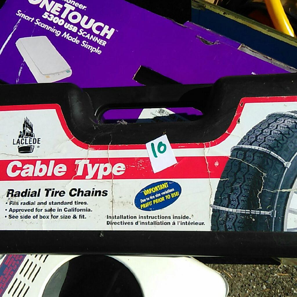Redial tire chains