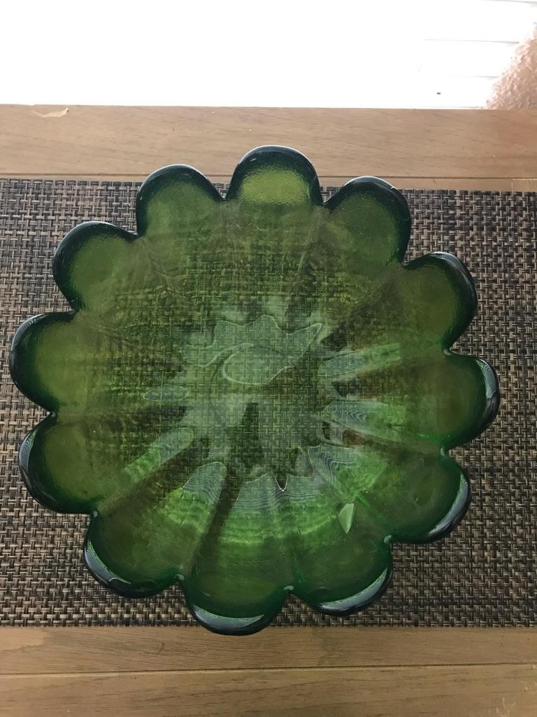 Green Display Glass Bowl