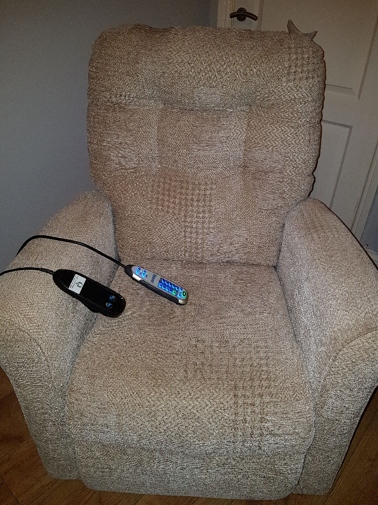 electric reclining chair with massage