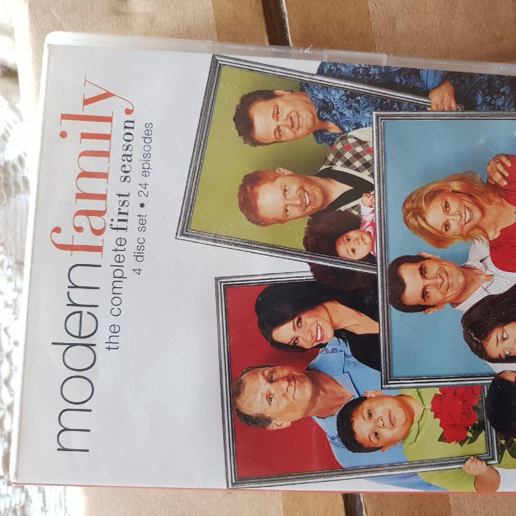 Modern family complete 1st season dvd