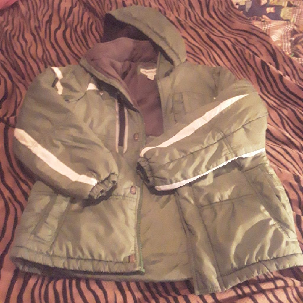 London fog Green winter jacket w/hood