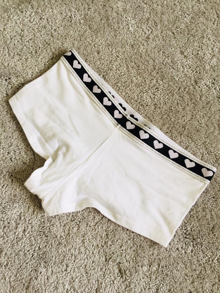 Ladies white elastic primark heart shorts boxers pants