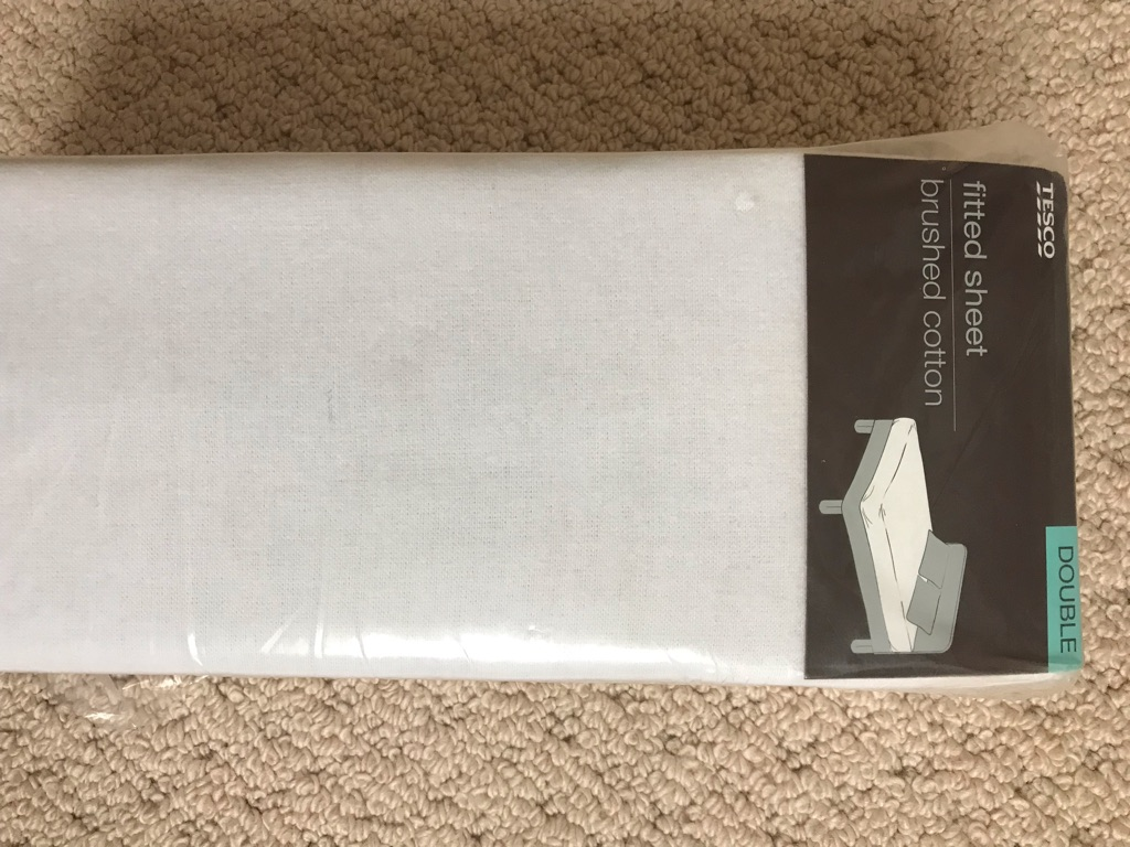 New white double brushed cotton fitted sheet