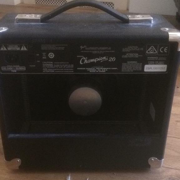 Fender champion 20 practise amp