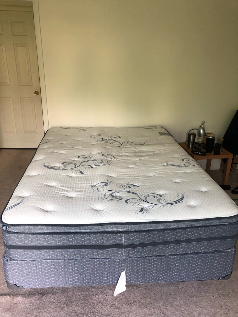 Queen bed mattress spring box