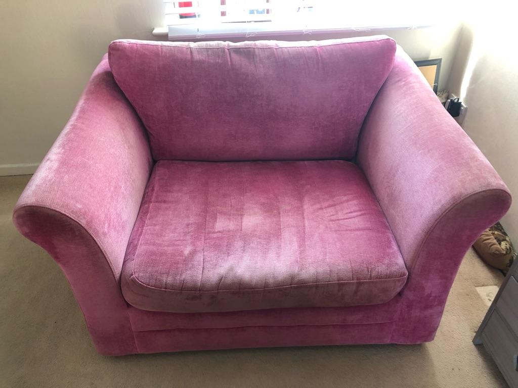 Next snug chair