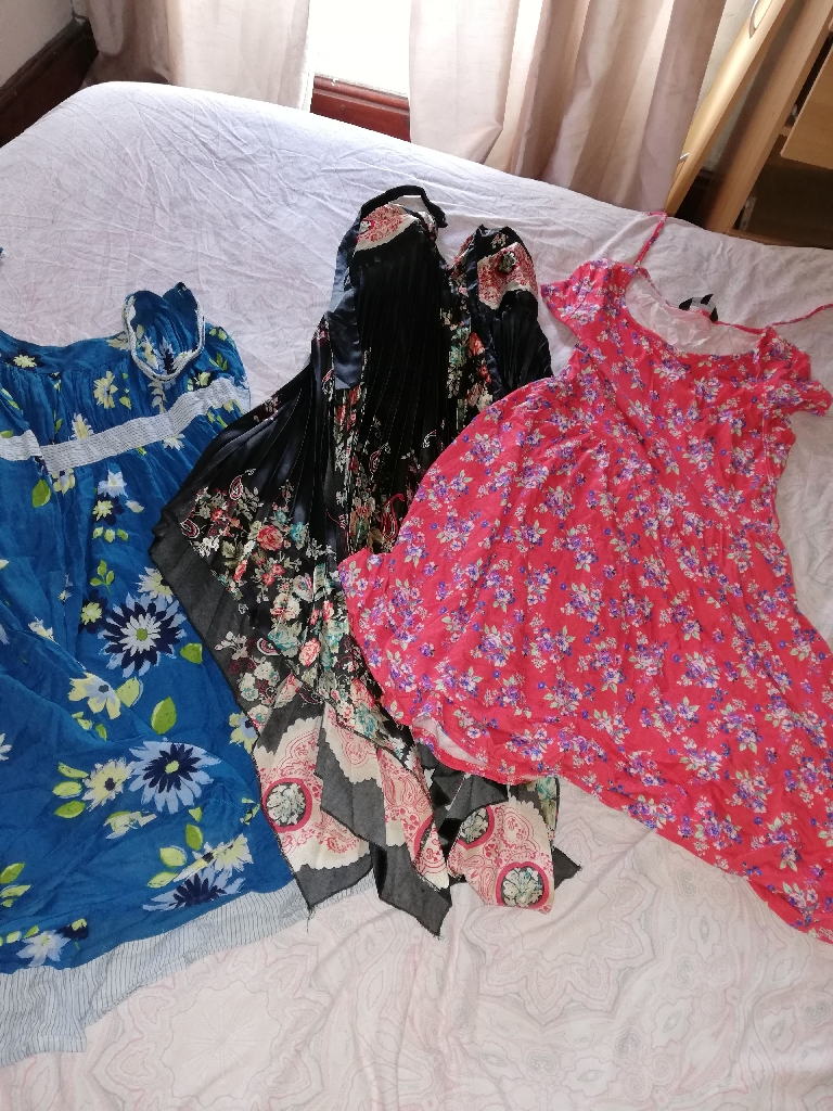Size 14 summer dresses (14 dresses total)