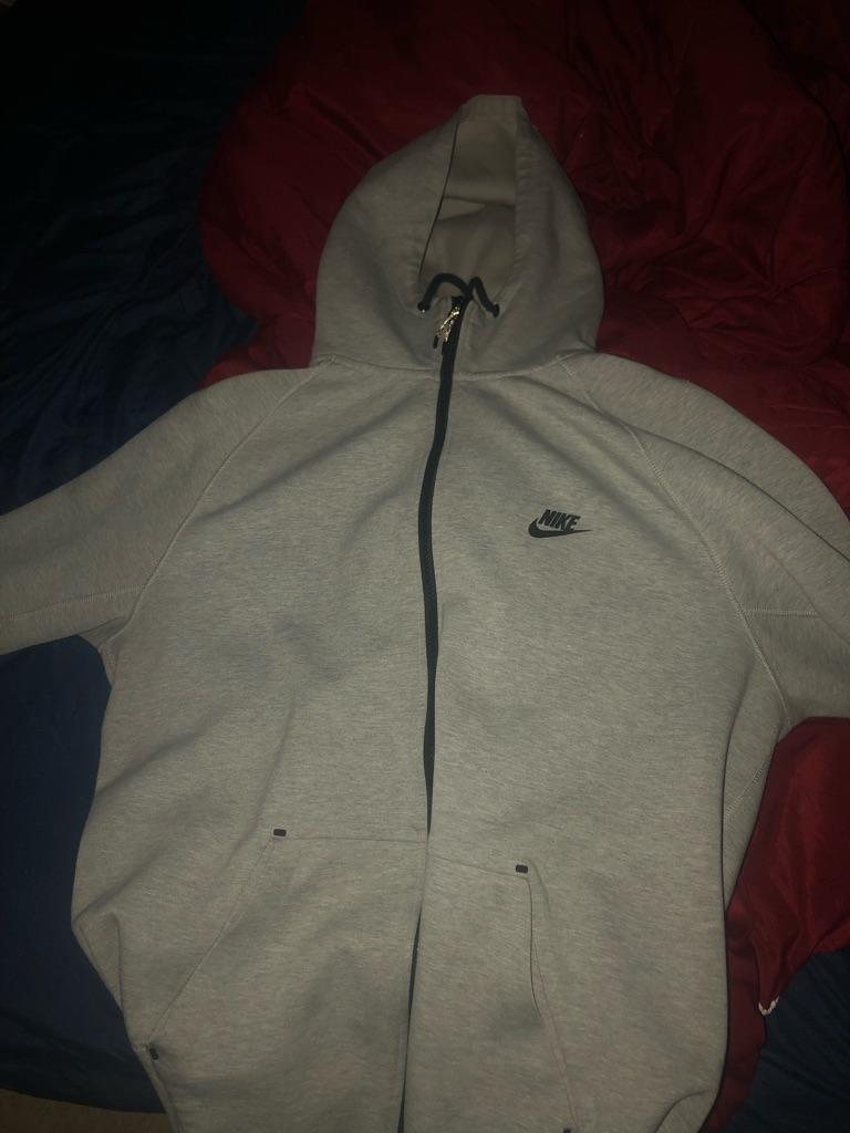 Large grey Nike Tech Hoodie