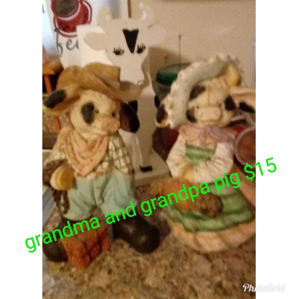 Grandma and Grandpa pigs