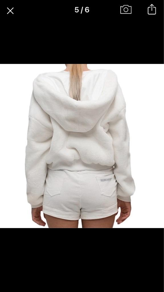 Women's fur cropped jacket