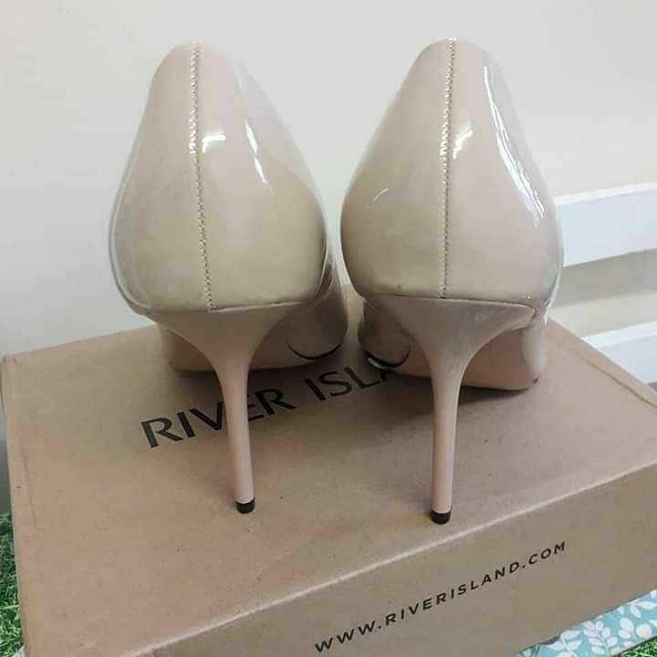 River Island Trickle Wide Fit Court Heels Nude Light pink