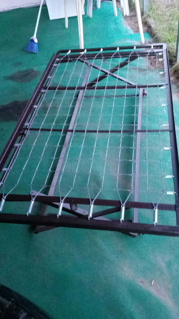 Metal bed frame for a twin size