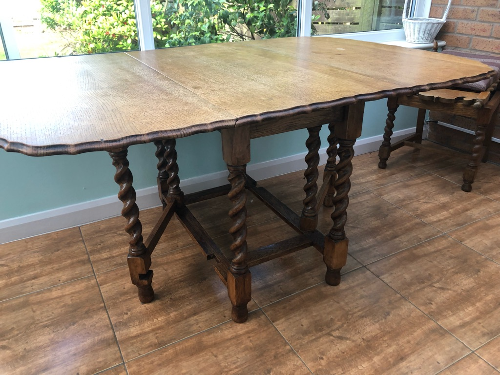 Victorian oak table and chairs
