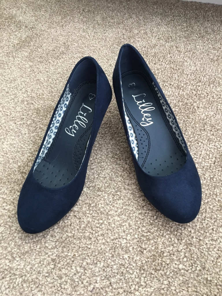 Lilley navy heels size 4