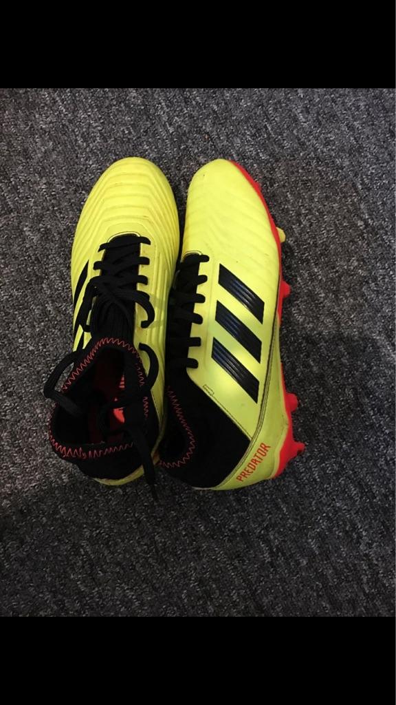 addidas predators football boots only worn twice