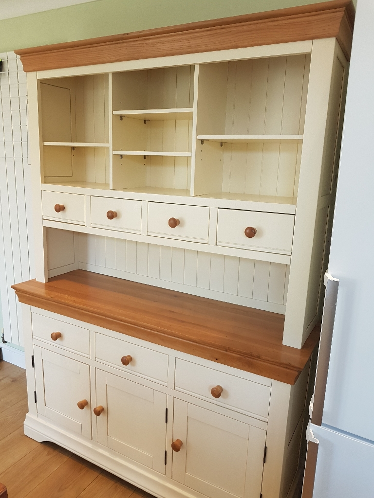 Beautiful painted oak dresser