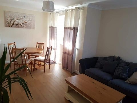 Flat for rent in Swansea