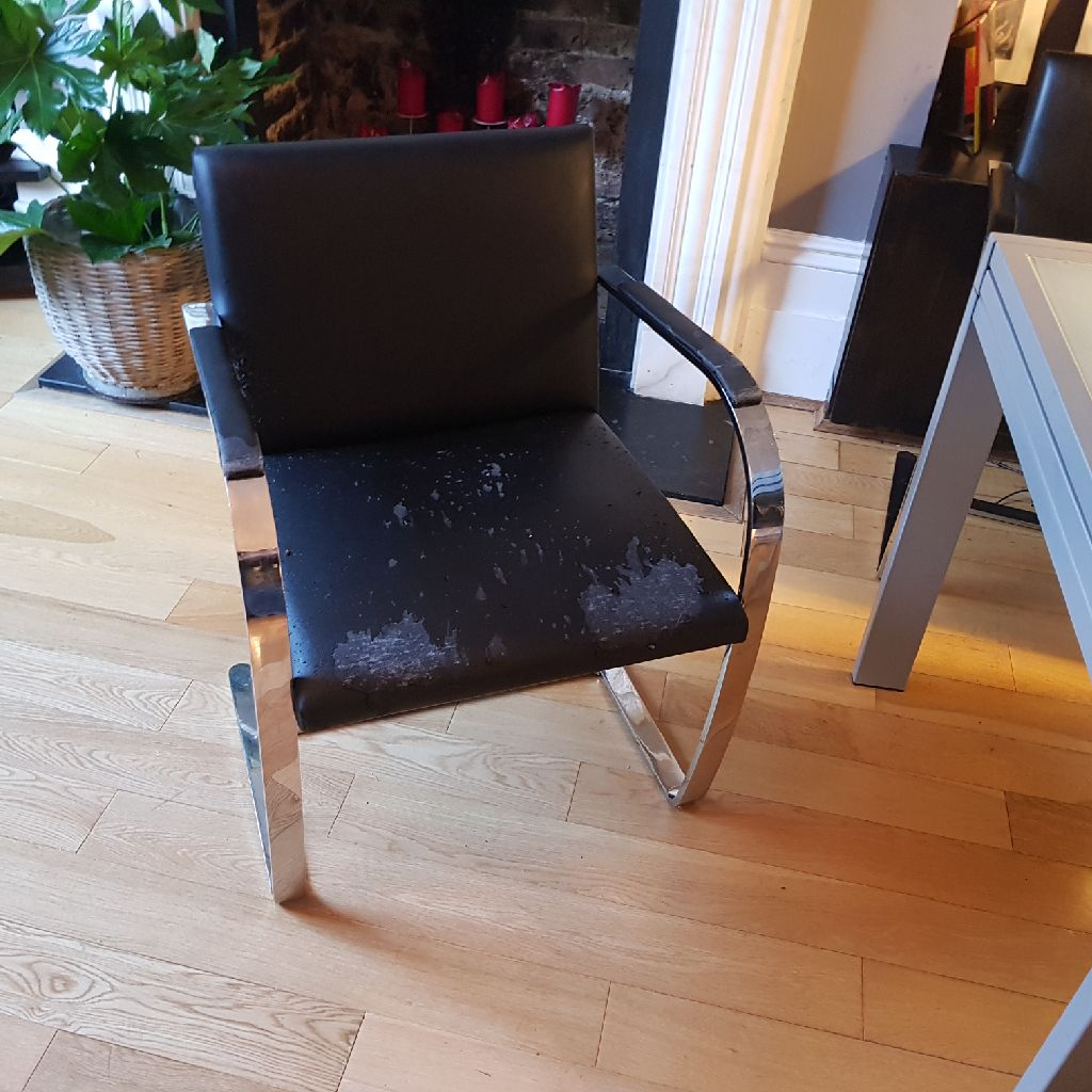 Mies van der Rohe style chairs (3)