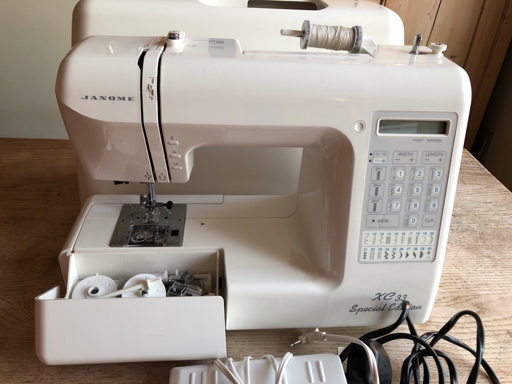 Janome XC33 sewing machine