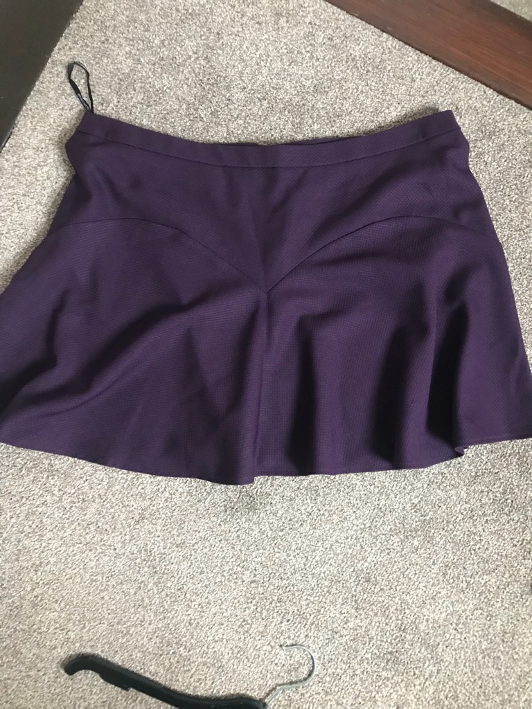 Dorothy Perkins skirt 18