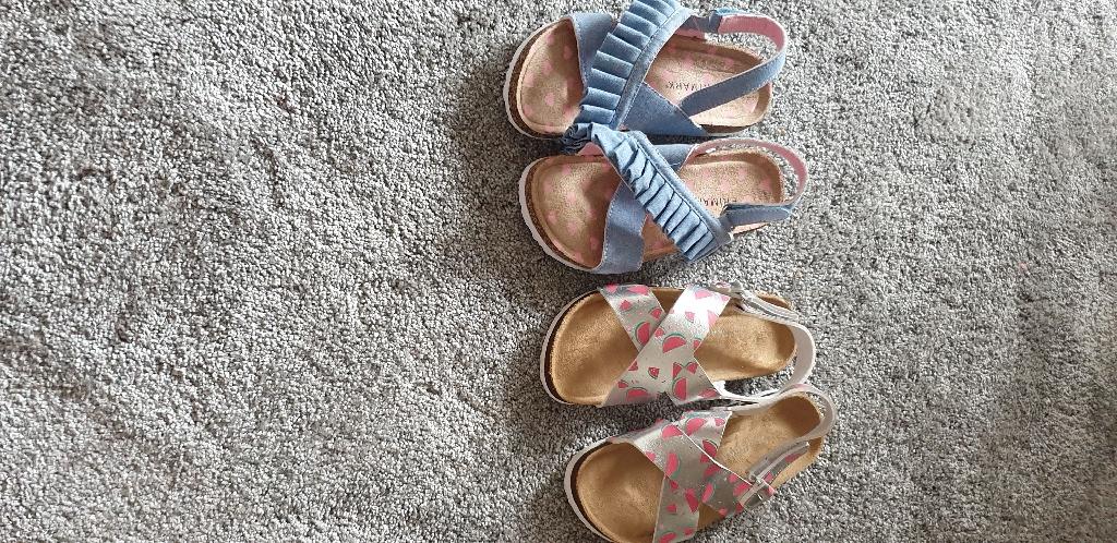 Girls x2 sandles , size 13