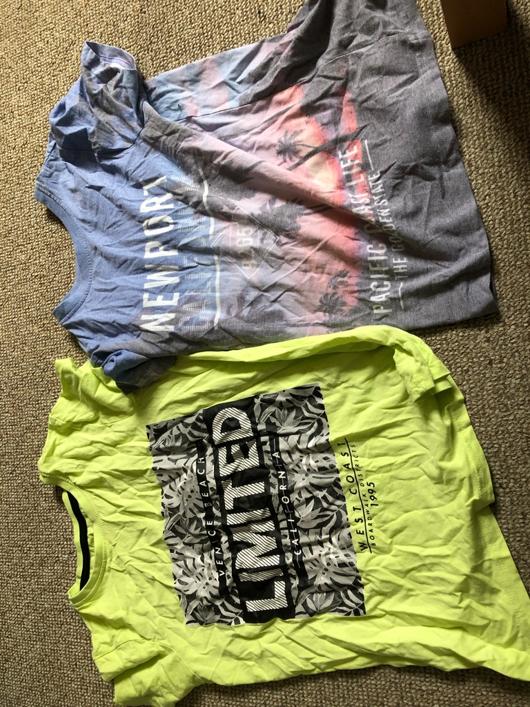 Boys t shirts size 10-11 from primark