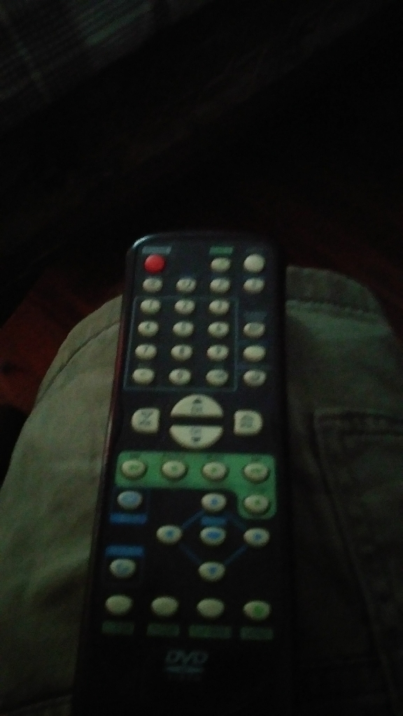26' Emerson TV/DVD with remote