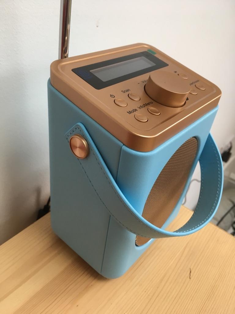 Majority radio