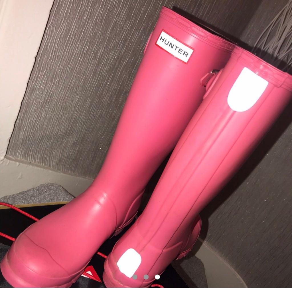 Pink Hunters