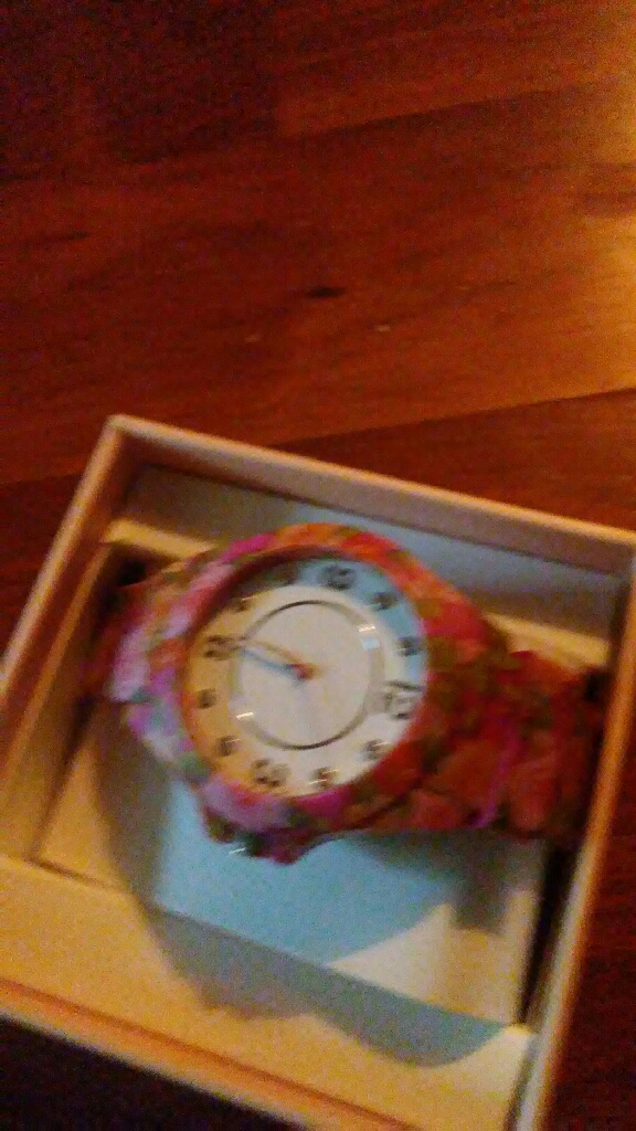 Round Accutime watch pink with flowers strap