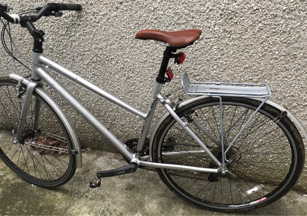 SOLD - WOMENS BIKE