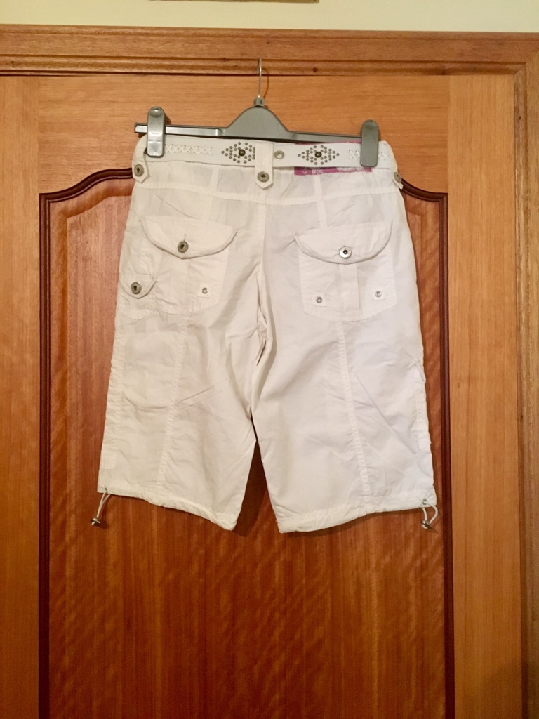Woman's summer trousers