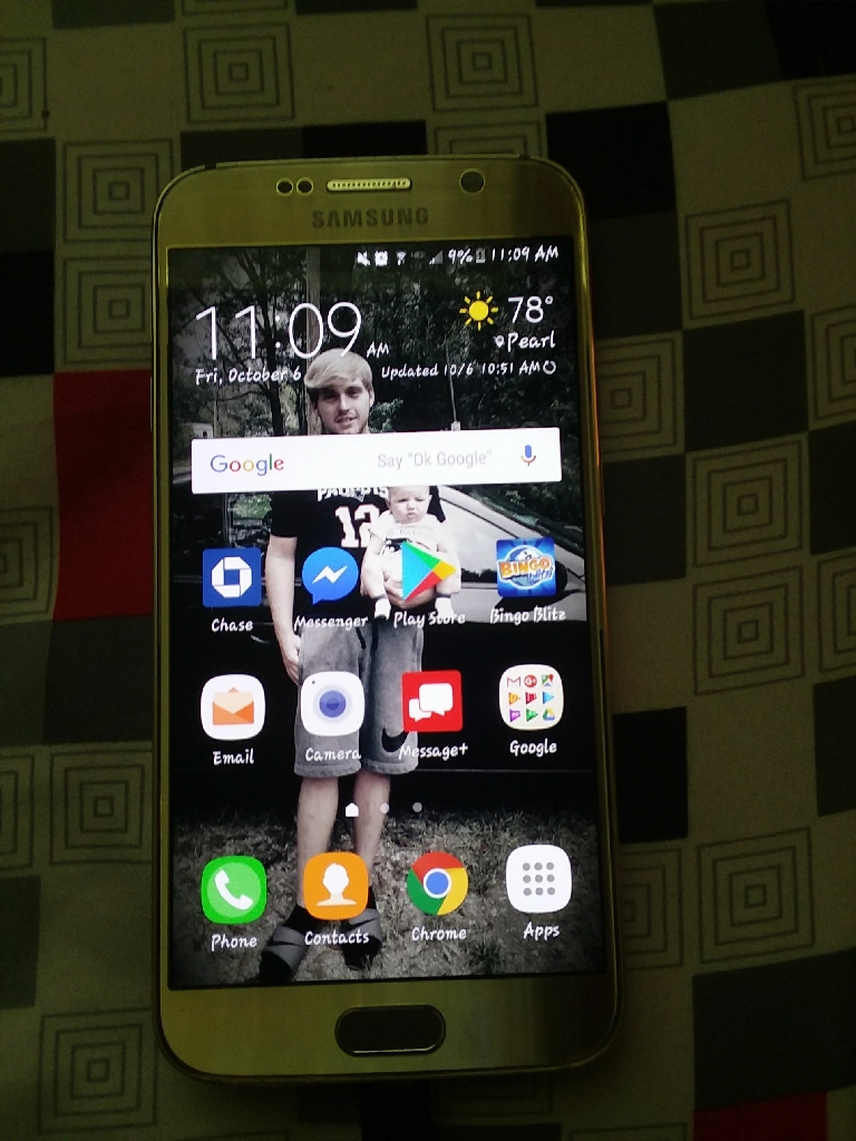 Gold galaxy s6 Excellent Condition