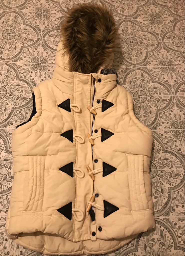 Superdry body warmer size small