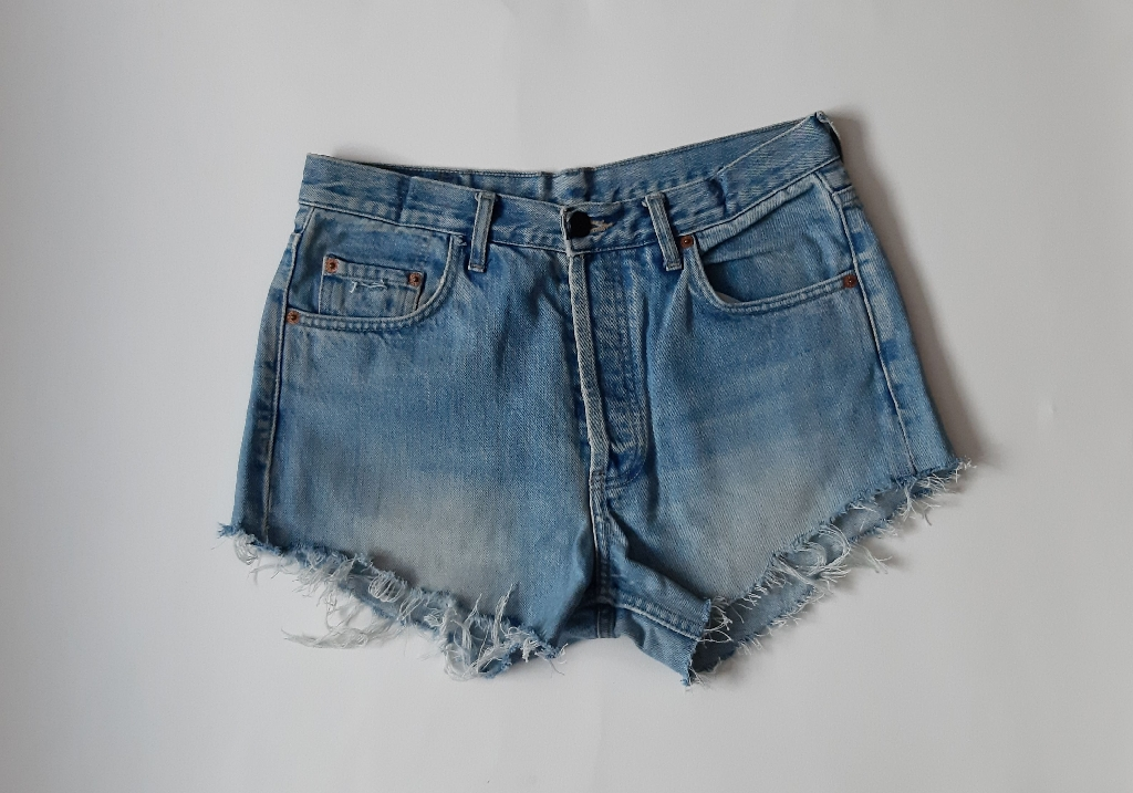 Levi's 501 reworked denim cutoff shorts waist 31