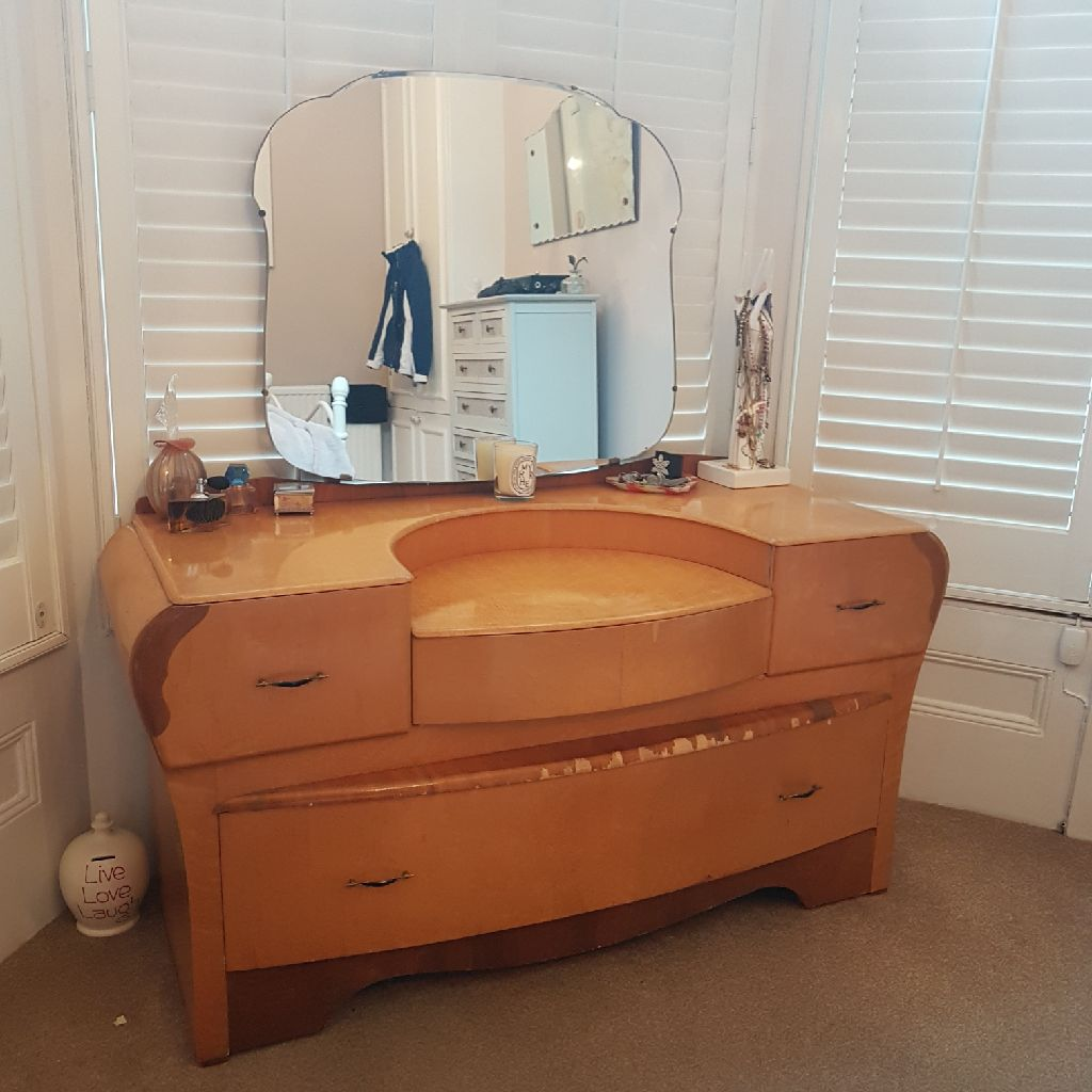 Maple veneer art deco dressing table