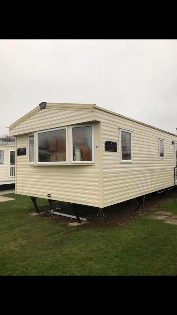 Deluxe caravan to rent in Thorpe Park cleethorpes