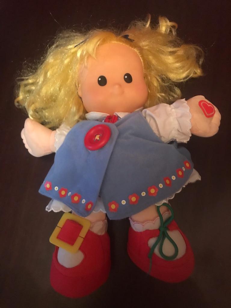 Children's Talking Learn To Dress SARAH LYNN Doll
