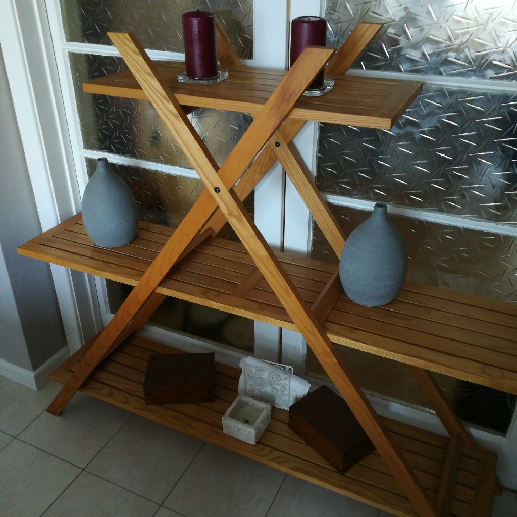 Habitat solid pine shelves