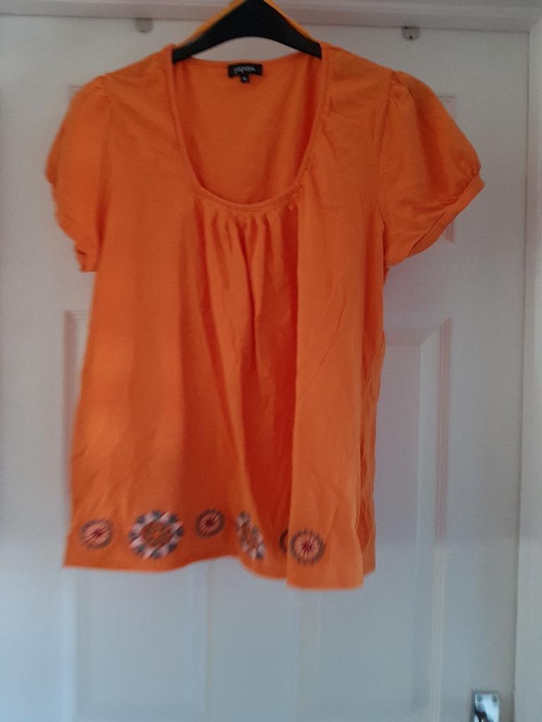 Orange embroid top