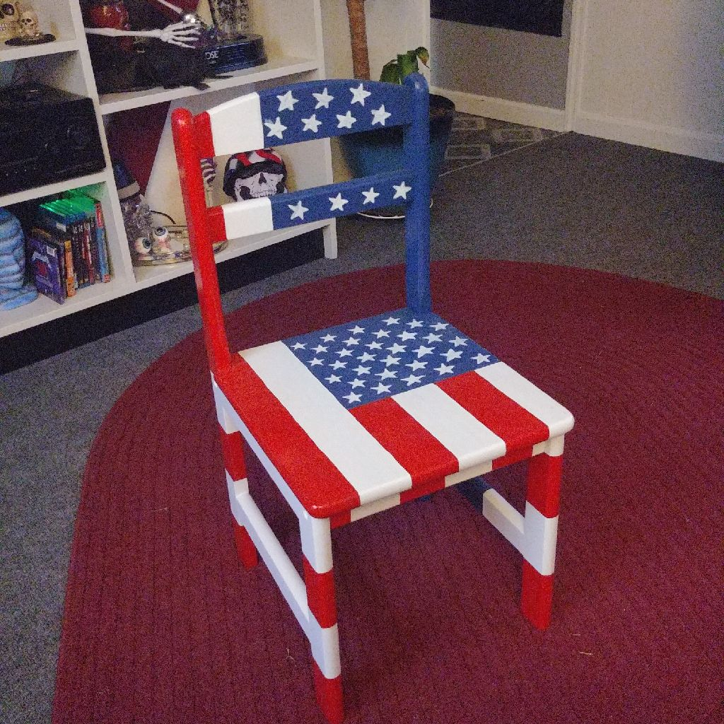 Children's American flag chair