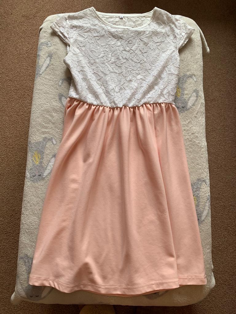 Peach lace dress age 12-13