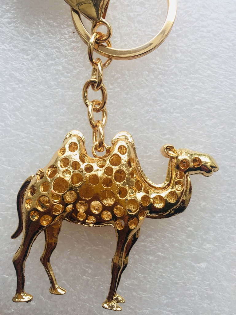 Keys ring holder with camel..